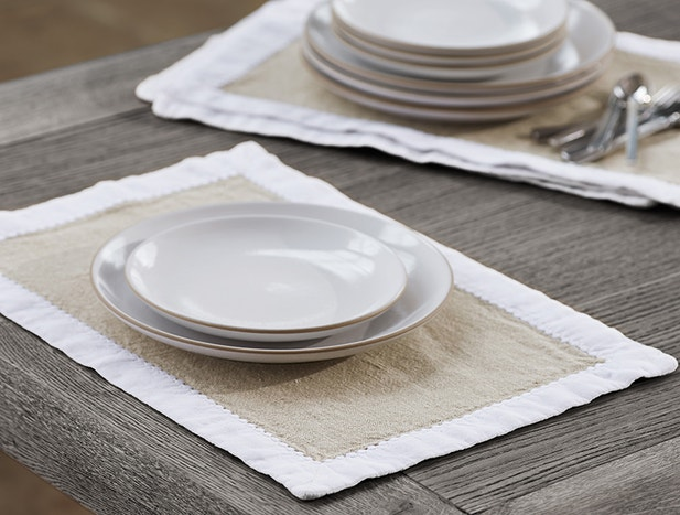 Simple Linen Place Mats, Set of 4