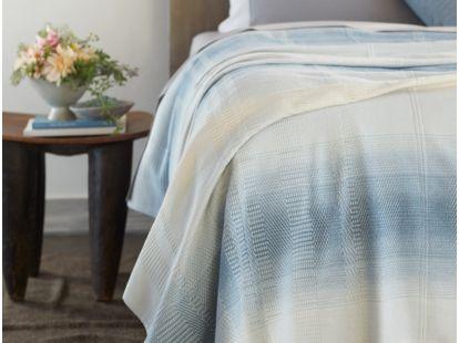 Strata Organic Blanket
