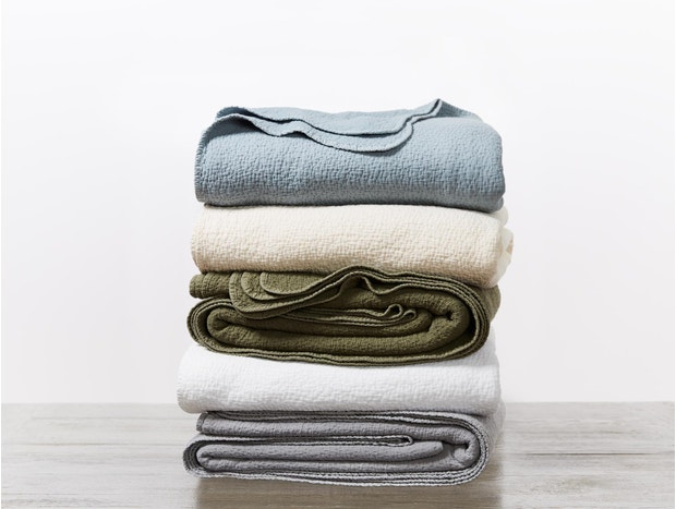 Cascade Organic Matelasse Blanket Subscription