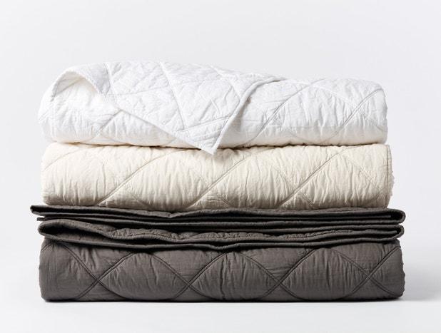 Diamond-Stitched Organic Cotton Comforter