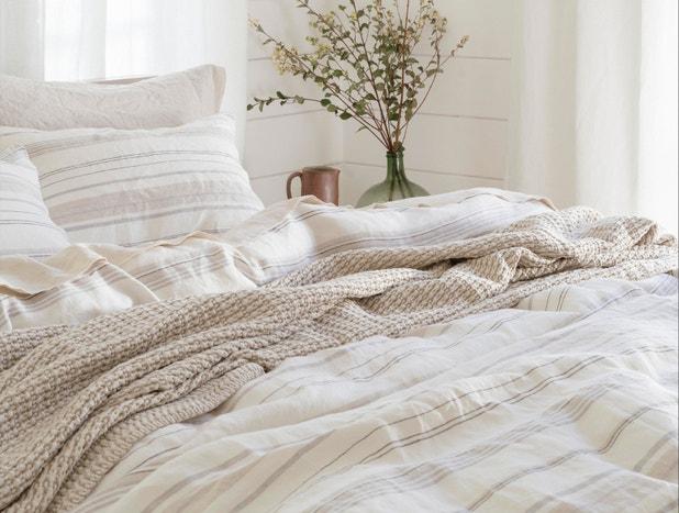 La Jolla Striped Organic Linen Duvet Cover