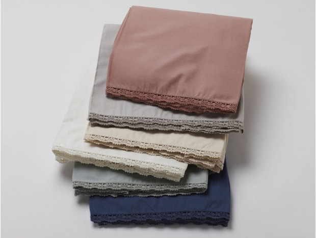Lace 220 Thread Count Percale Crib Skirt