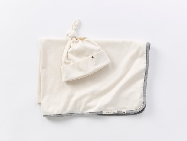Remi Organic Jersey Baby Blanket + Beanie Set