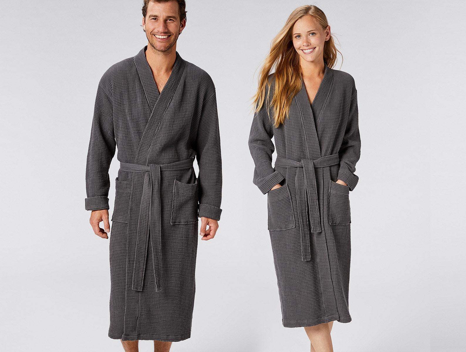 Sleepwear & Robes Honest Black Wool Full Length Housecoat Medium Robe Front Pockets Long Sleeve Duster