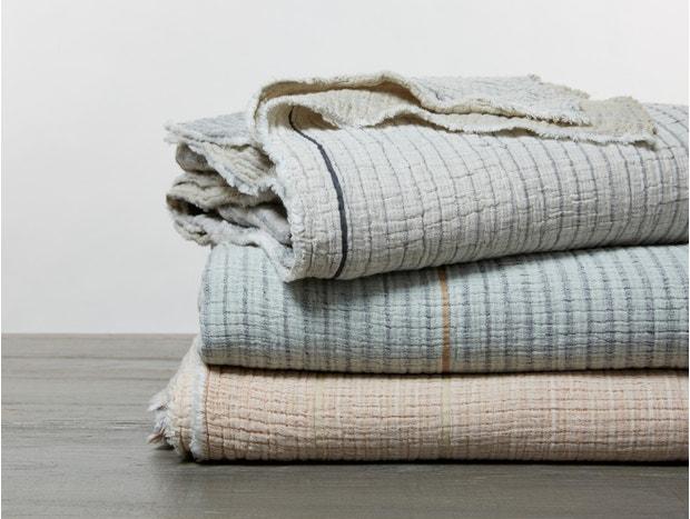 Topanga Organic Matelasse Blanket Subscription