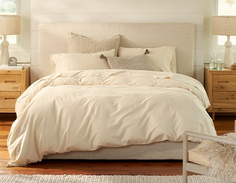 bed made with 300 Thread Count Organic Sateen Sheets in Undyed