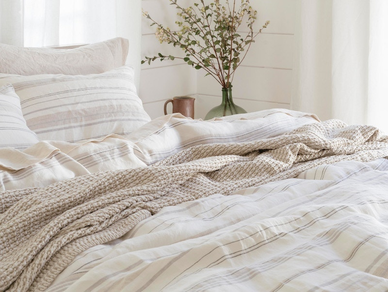 La Jolla Organic lInen Duvet with Miramar throw and organic linen sheets