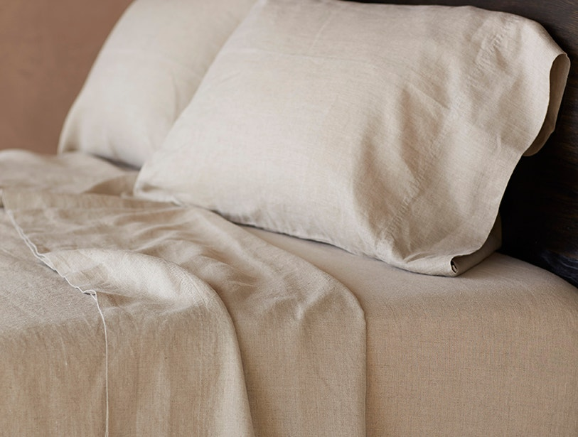 Relaxed Linen Sheeting