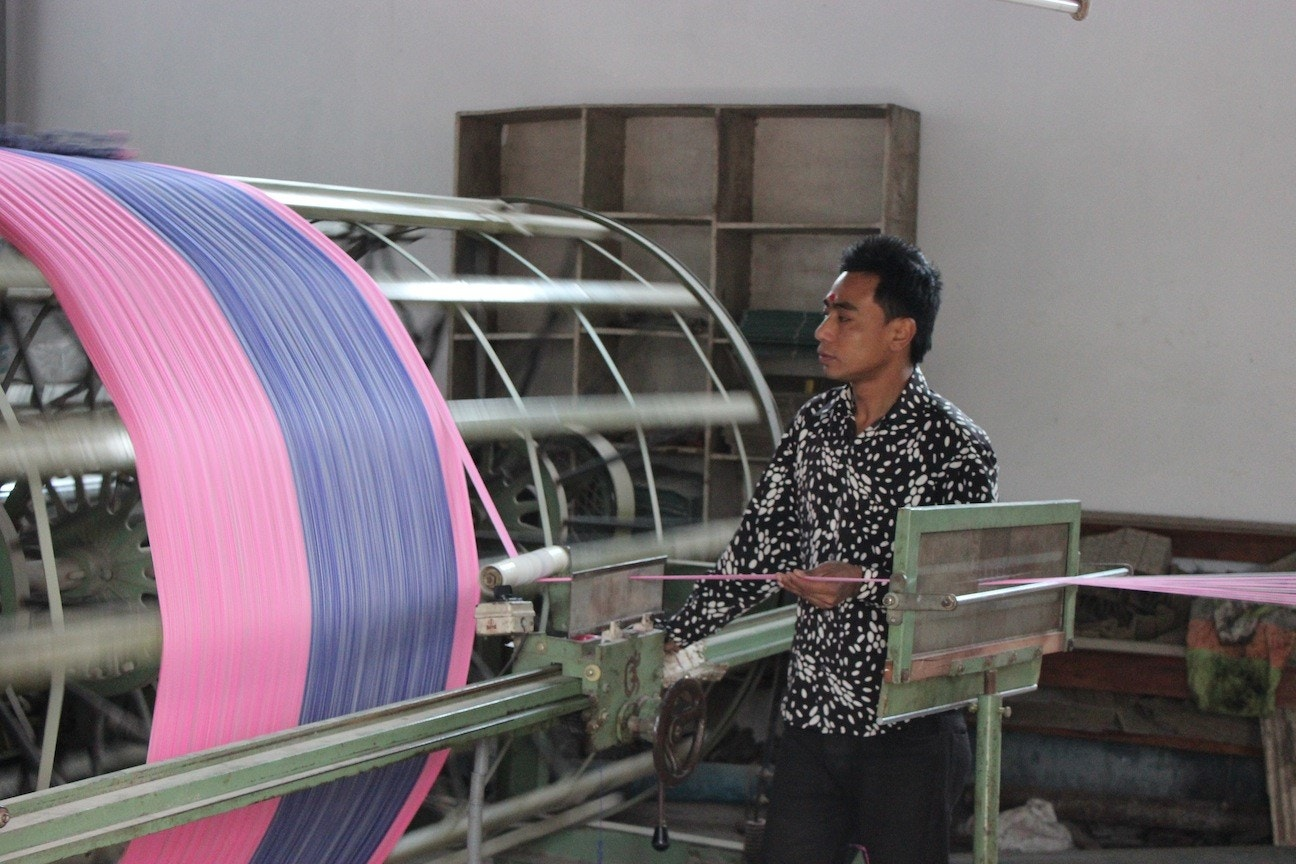 Preparing warp