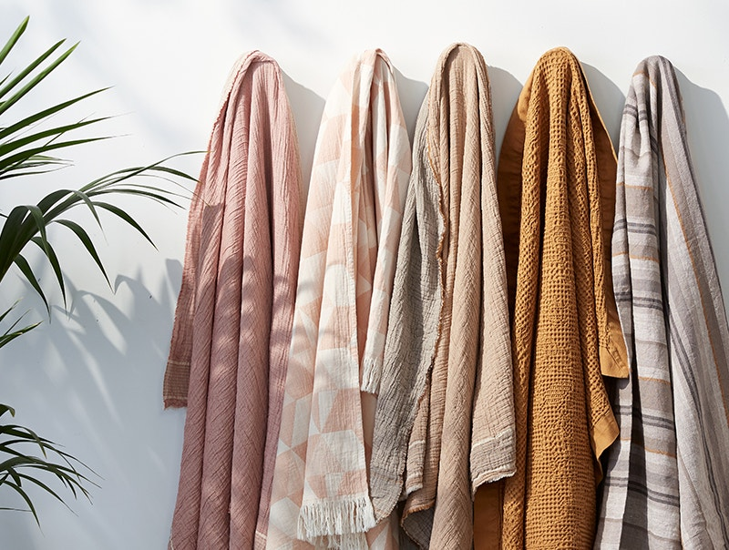 Cozy blanket layers with organic sheets