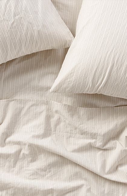 Overhead of Organic Crinkled Percale™ Sheets
