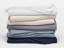 Shop-Cascade-blanket