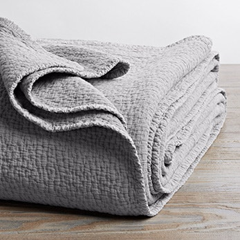 organic cascade blanket in pewter